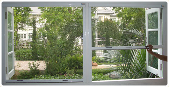 Magnetic screen pte ltd for Roll up insect screens for windows